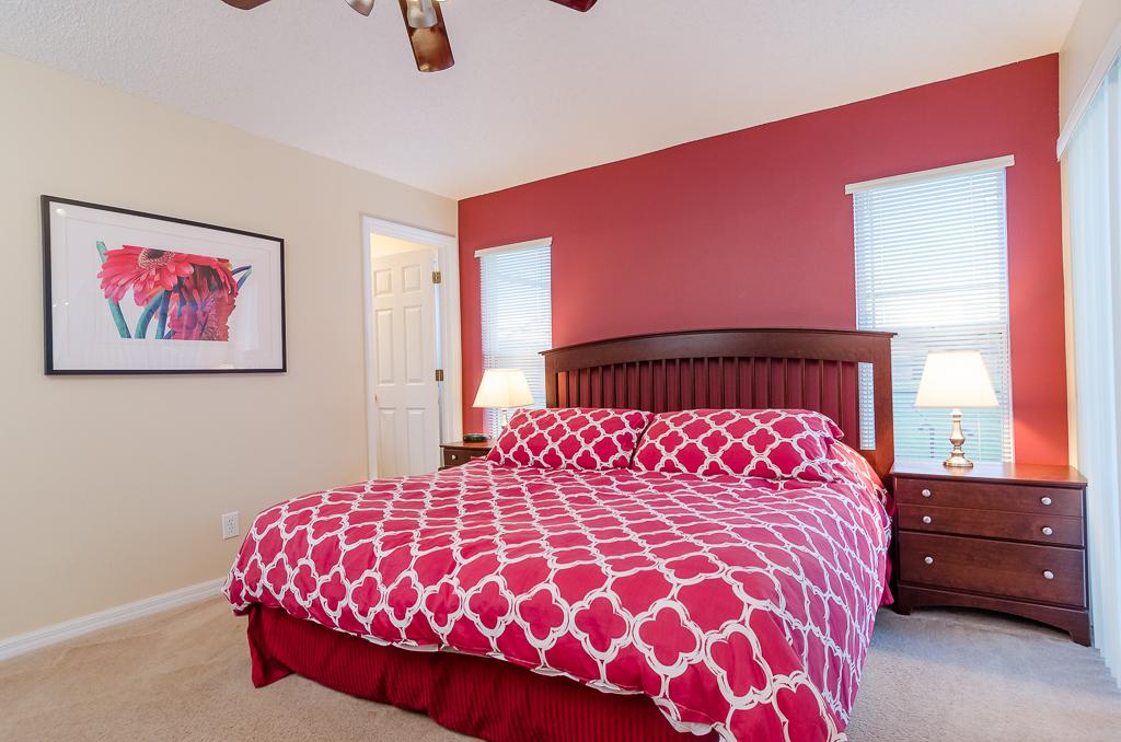 Beautiful 4 Bed Pool Spa and Games Room-65529