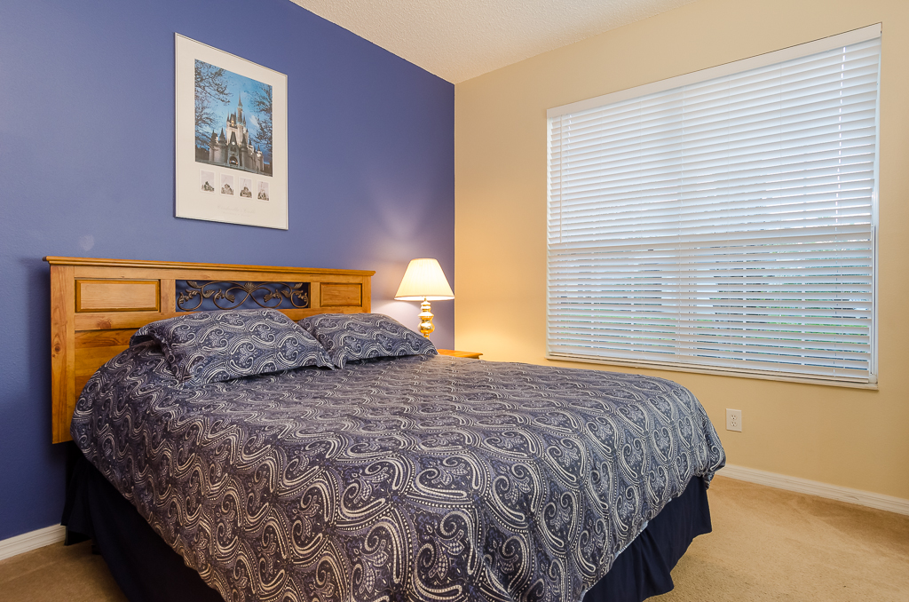 Beautiful 4 Bed Pool Spa and Games Room-65534