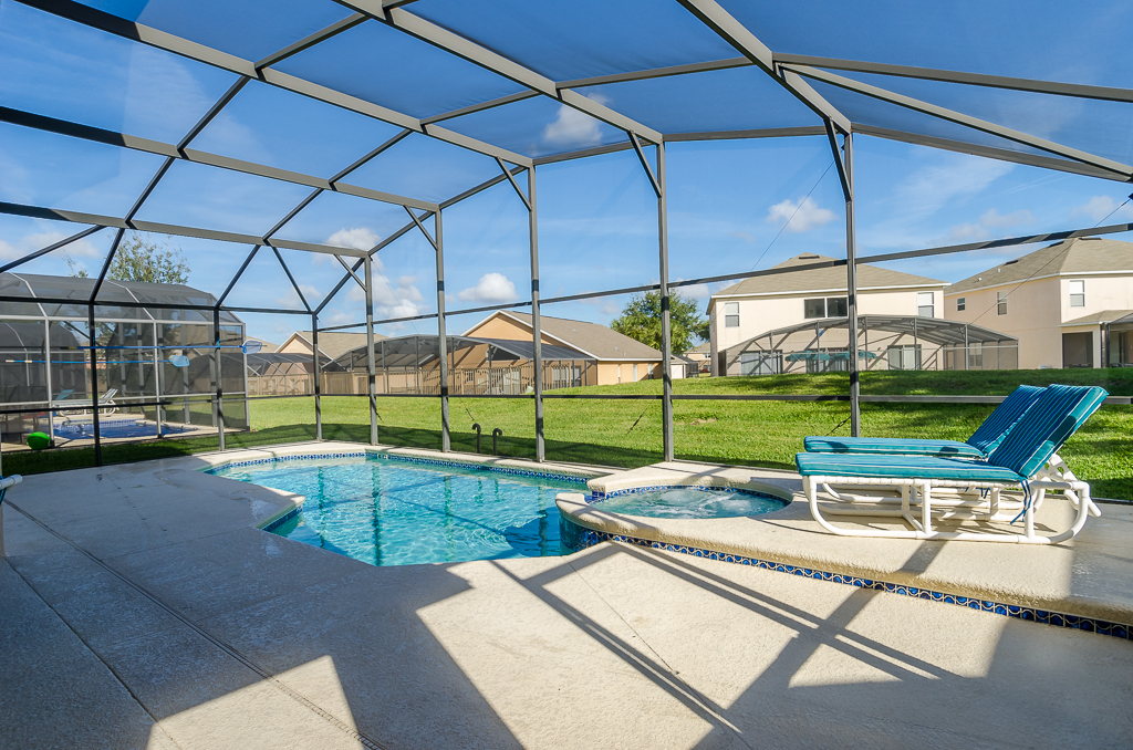 Beautiful 4 Bed Pool Spa and Games Room-65538