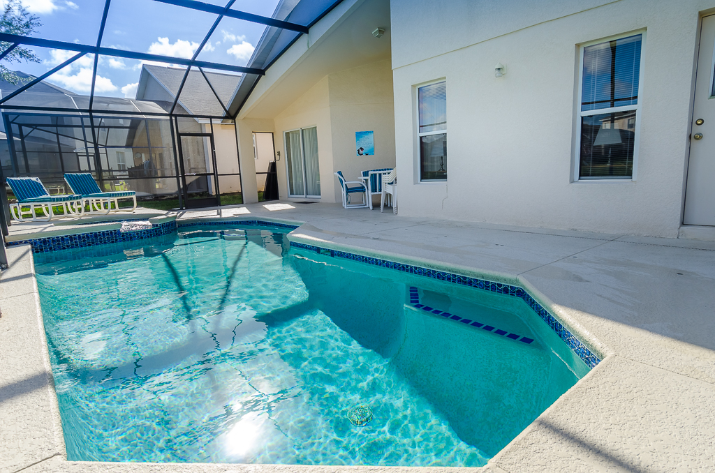 Beautiful 4 Bed Pool Spa and Games Room-65540