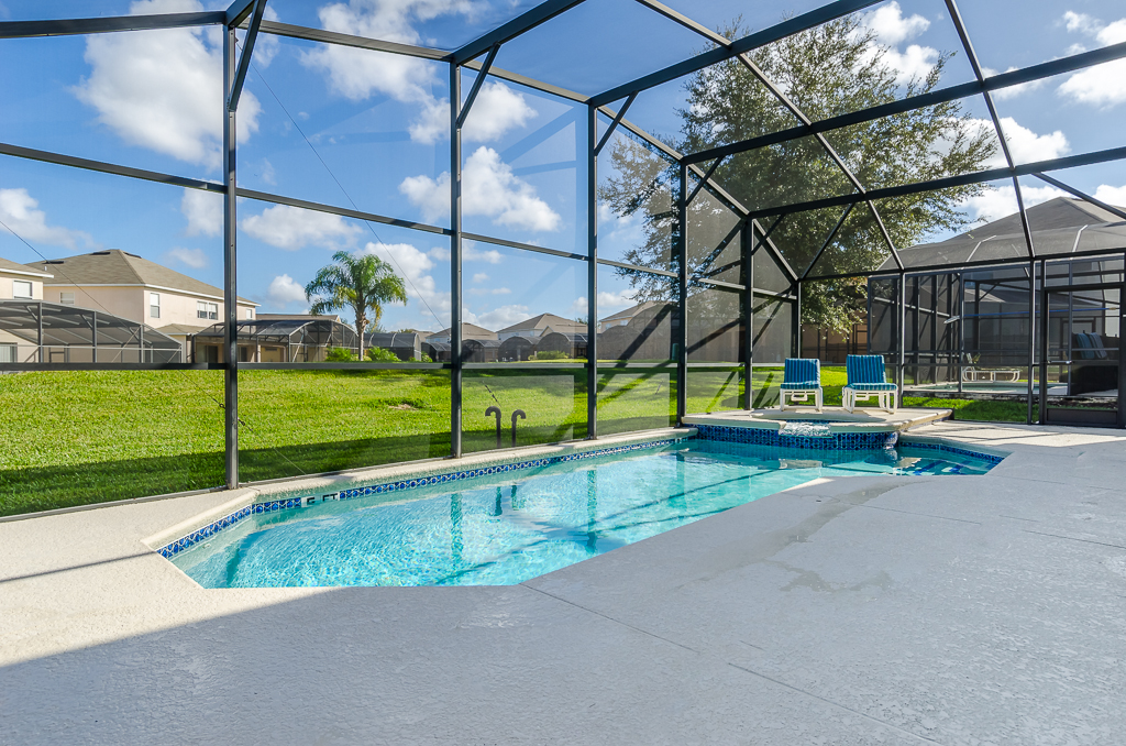 Beautiful 4 Bed Pool Spa and Games Room-65541