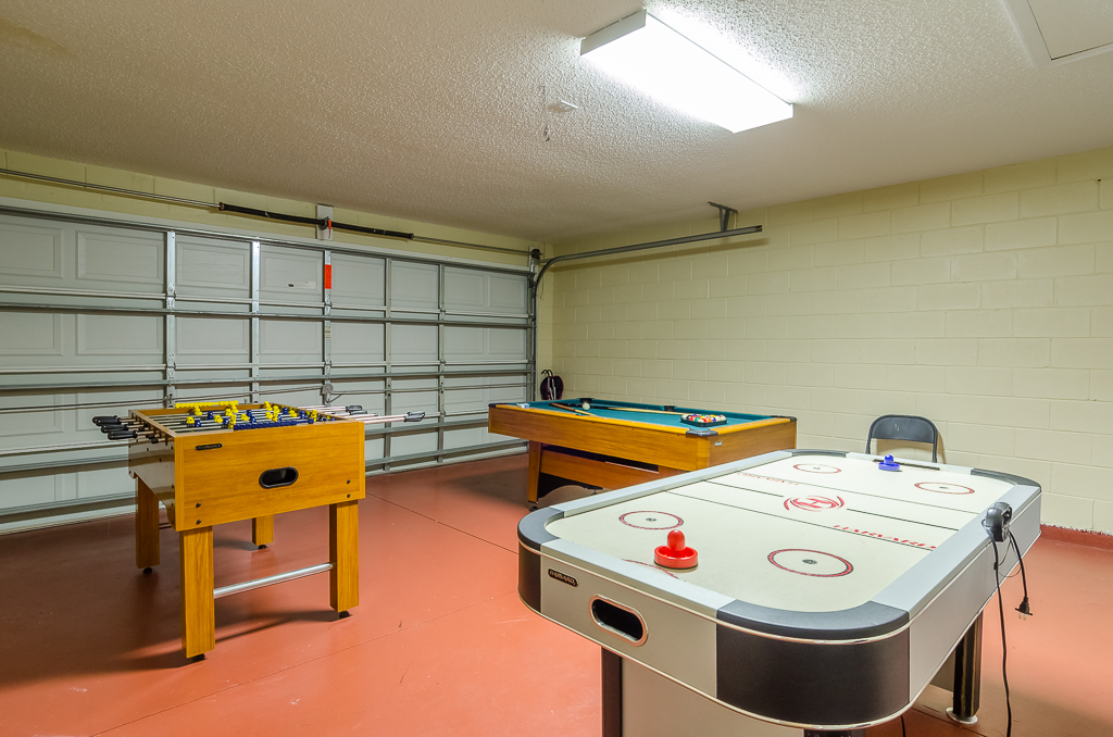 Beautiful 4 Bed Pool Spa and Games Room-65542