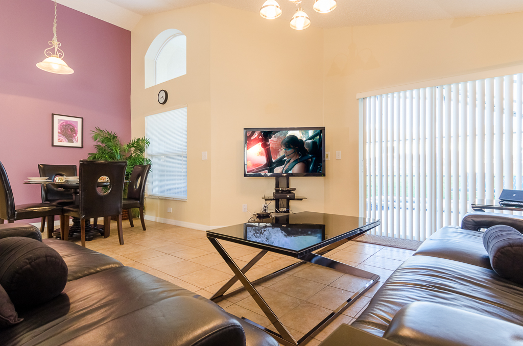 Beautiful 4 Bed Pool Spa and Games Room-65523