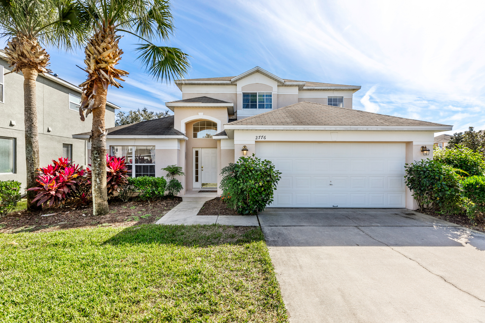 Perfect Home - Perfect Location!-128795