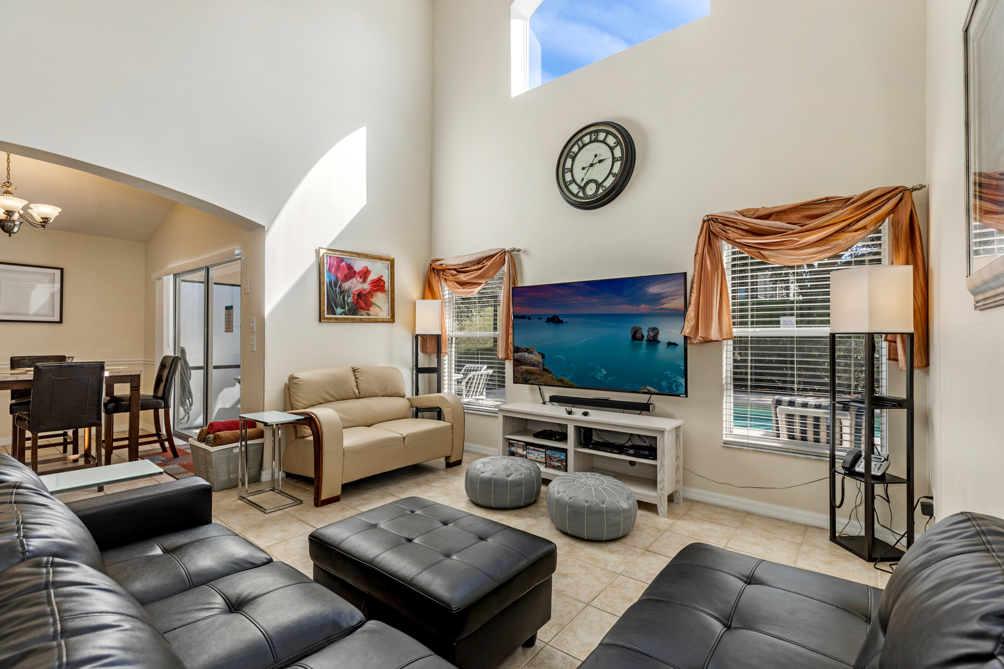 Perfect Home - Perfect Location!-128807