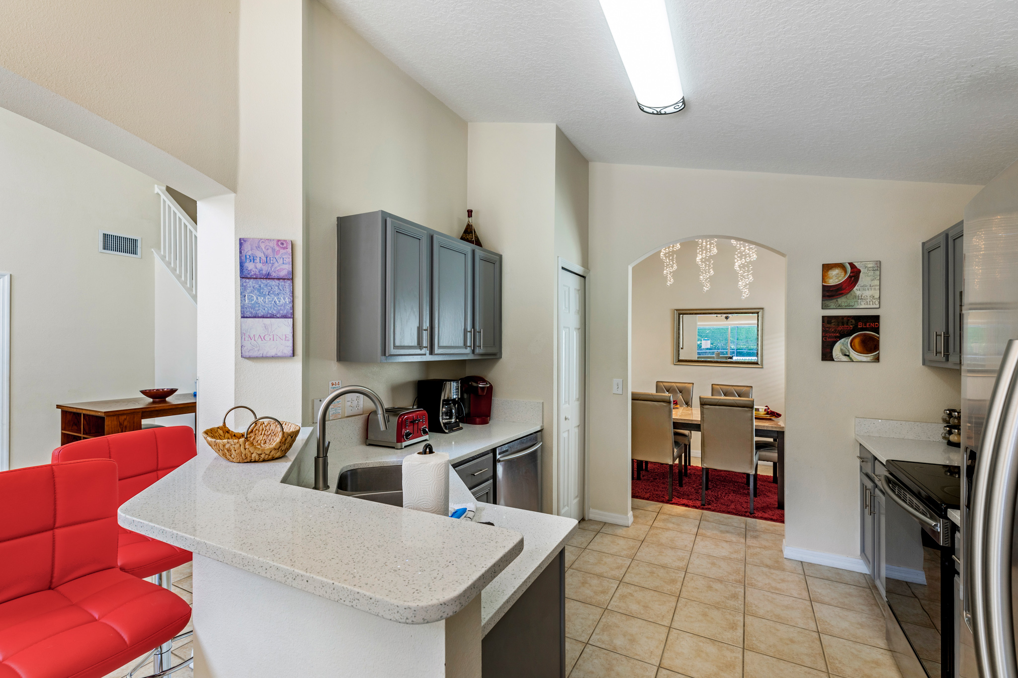 Perfect Home - Perfect Location!-128813