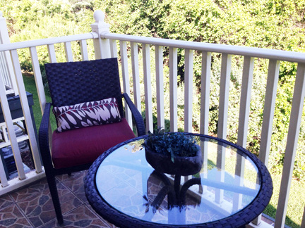 Beautifully Furnished Town Home-37690