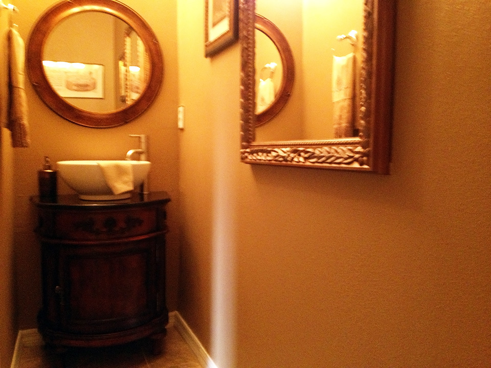Beautifully Furnished Town Home-37741