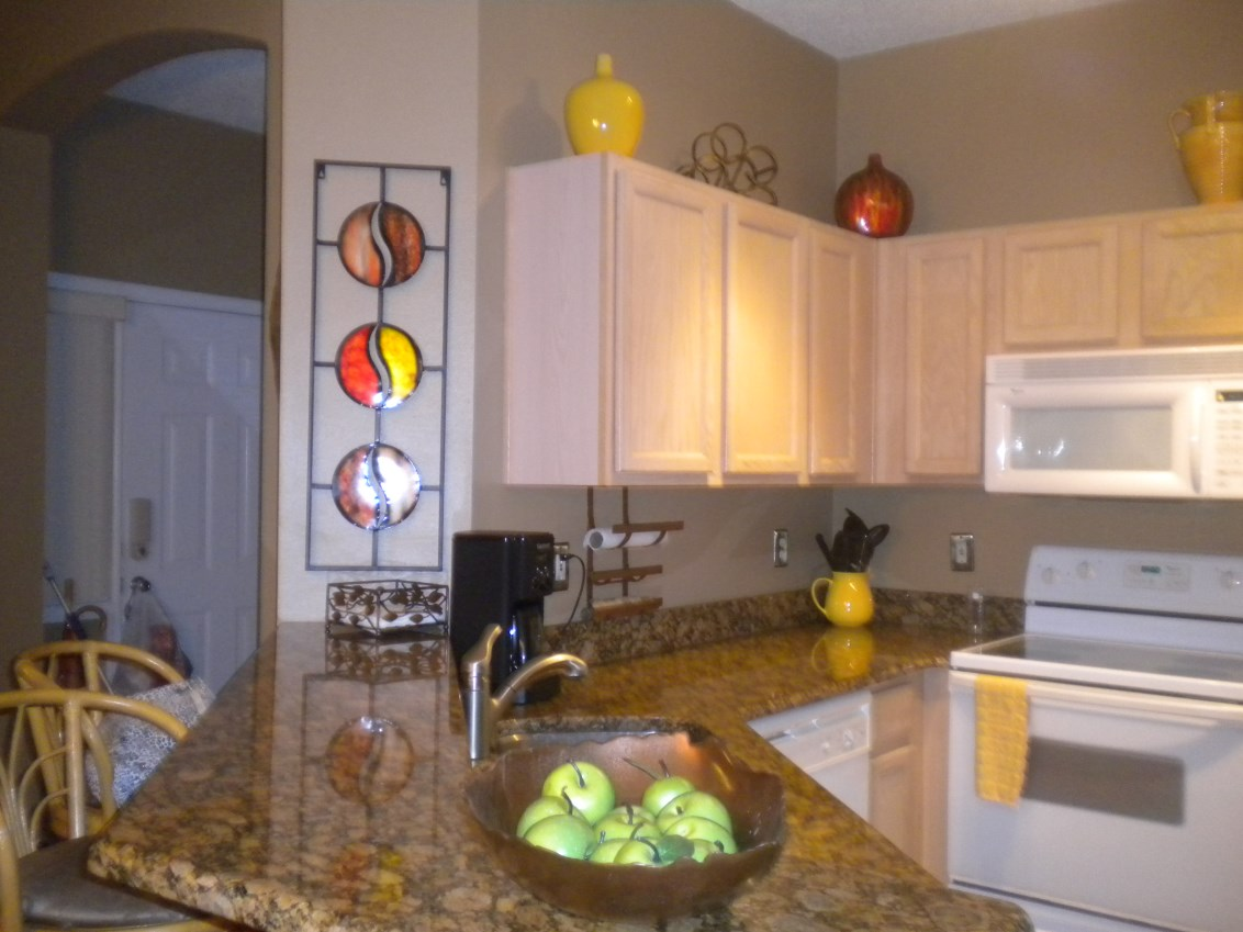 Beautifully Furnished Town Home-37312