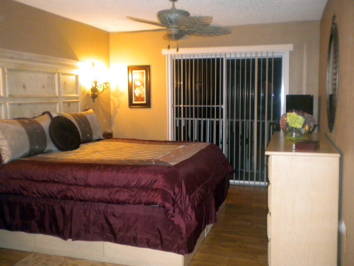 Beautifully Furnished Town Home-37321