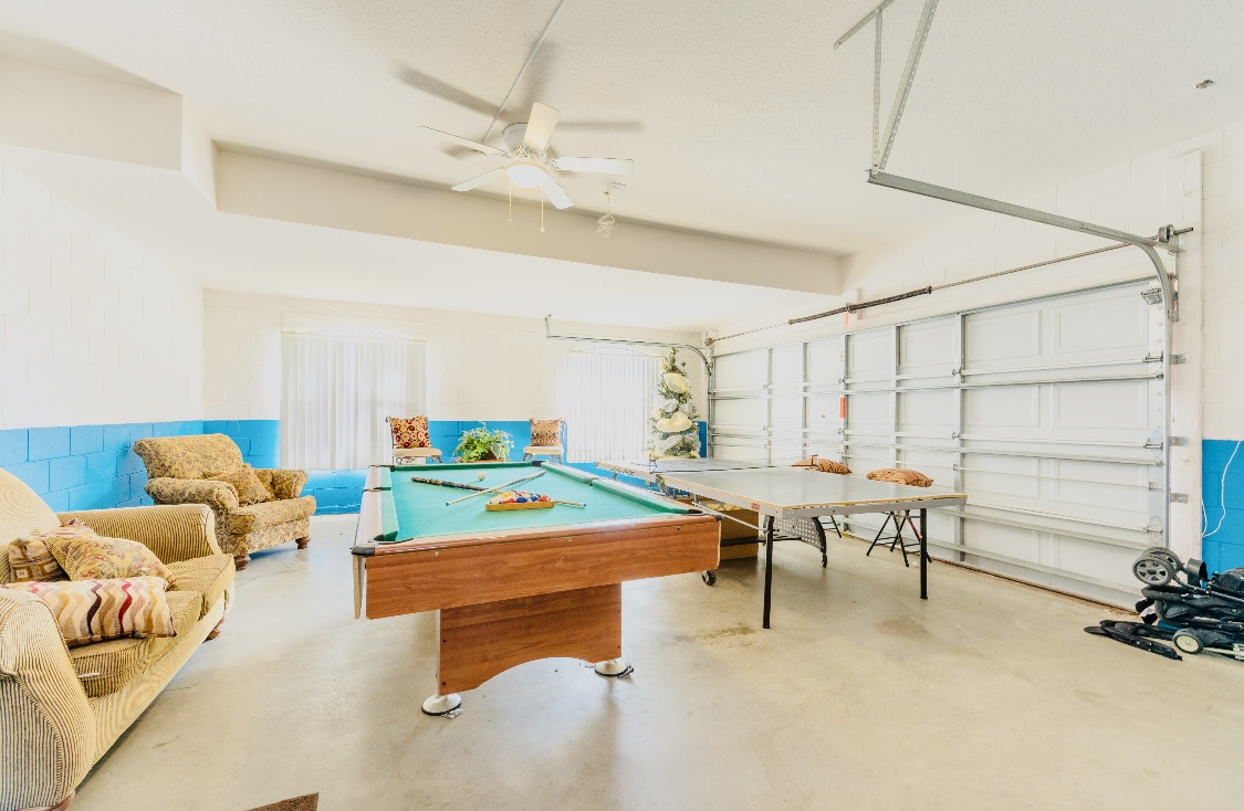 Stunning High Grove Pool Home 5 Bed-142154