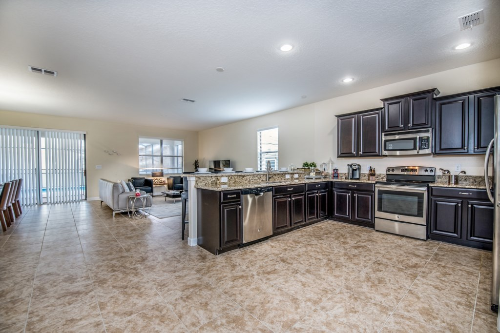 Amazing 8 bed 5 bath Champions Gate home.-130453