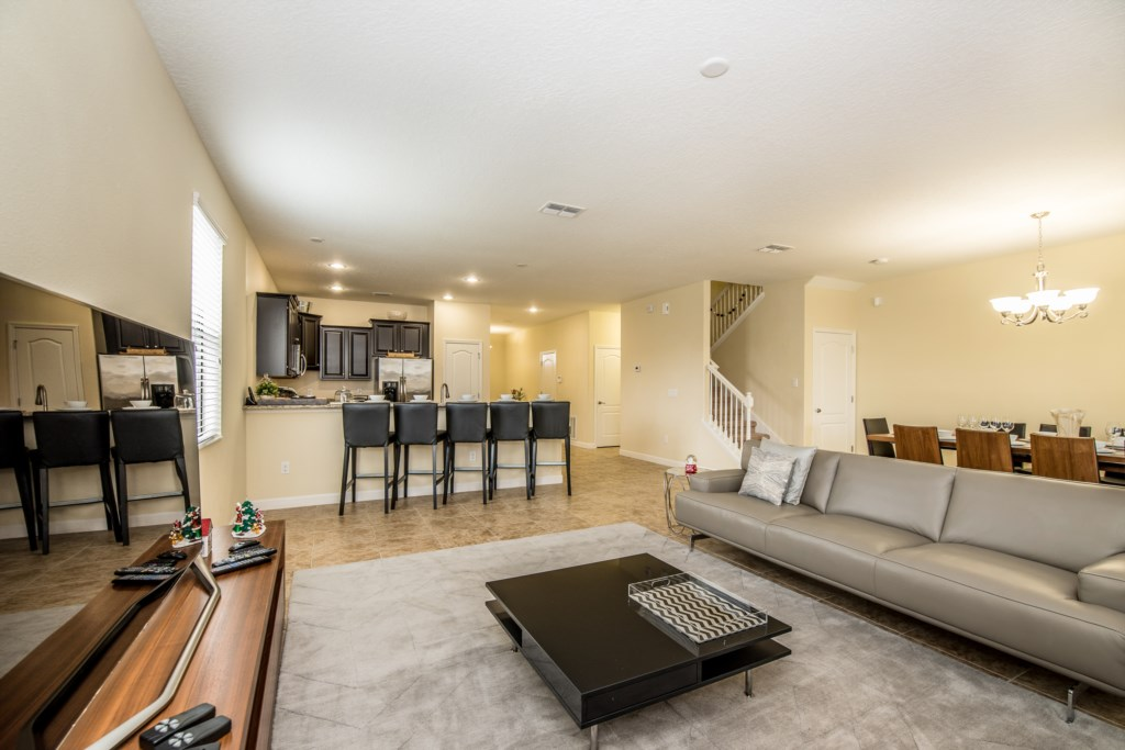 Amazing 8 bed 5 bath Champions Gate home.-130456
