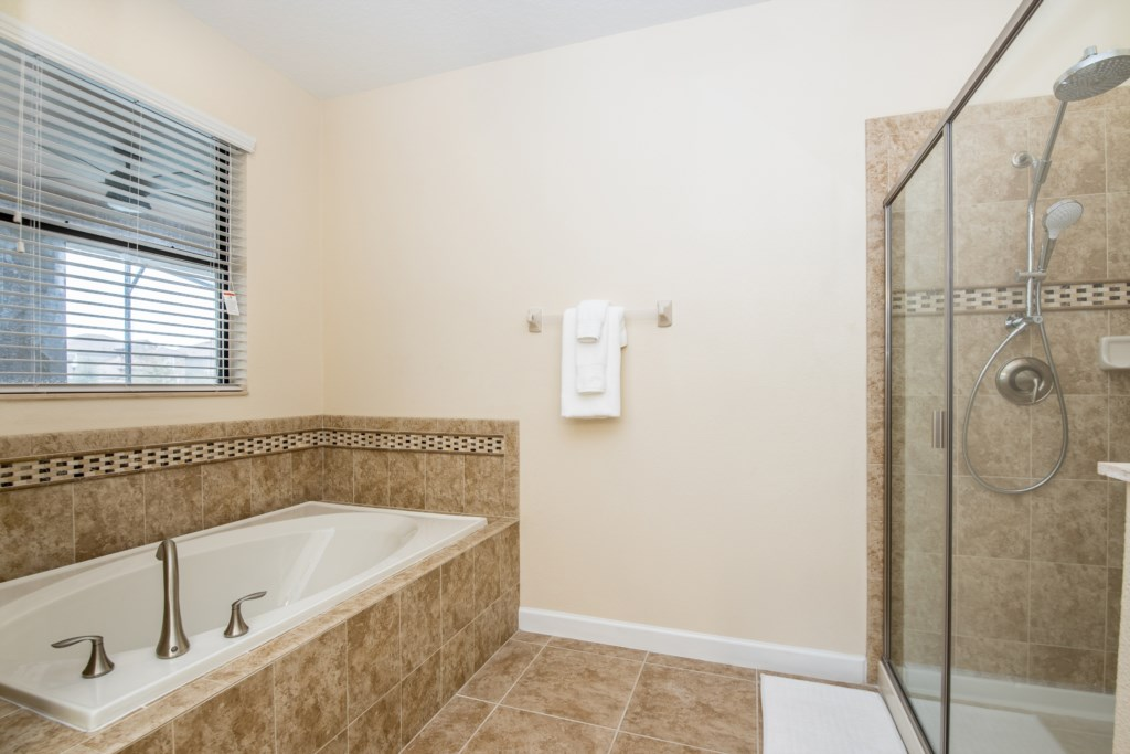 Amazing 8 bed 5 bath Champions Gate home.-130465