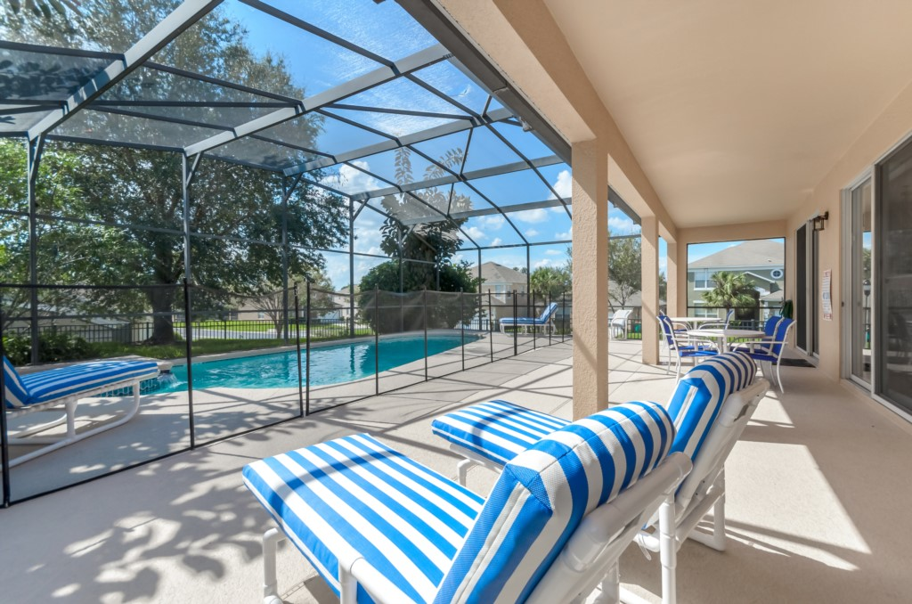 South West Facing Pool Home-149826
