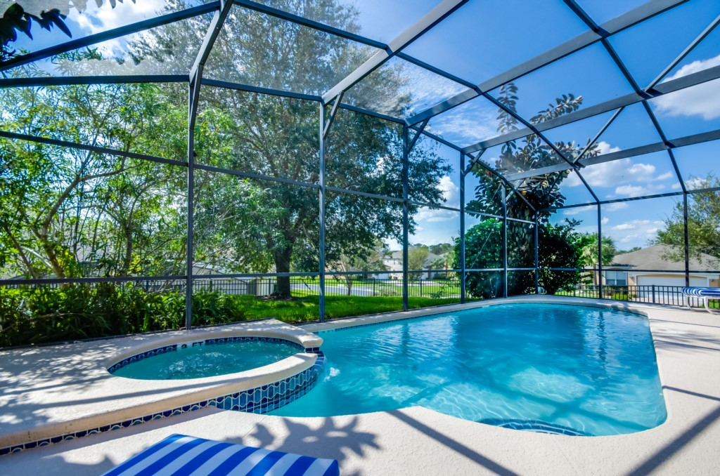 South West Facing Pool Home-149827