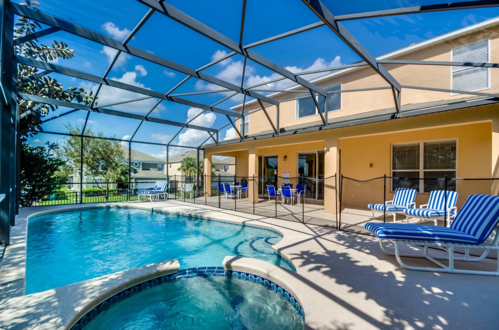 South West Facing Pool Home-149829