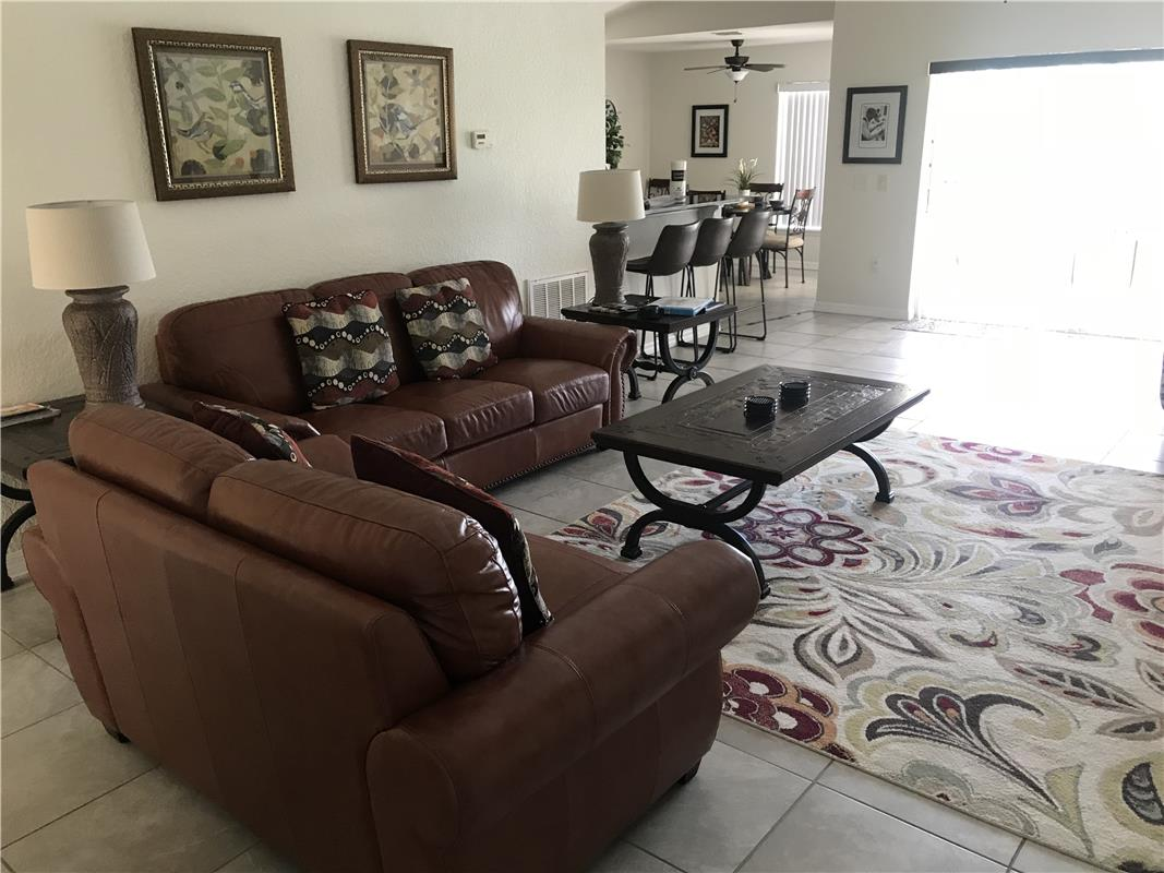 Reserve Town Center/BR6031-149953