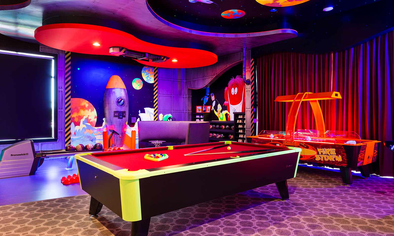 The Luxury Bowling Mansion-196902