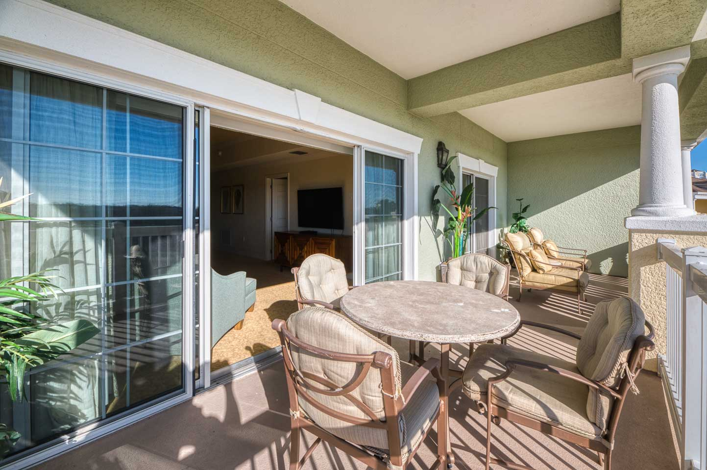 The Welcoming Golf Condo-195361