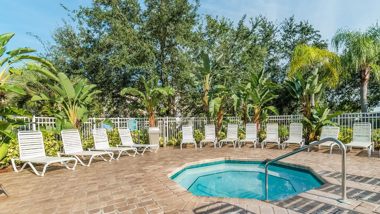 2300 Butterfly Palm Way #204-200181