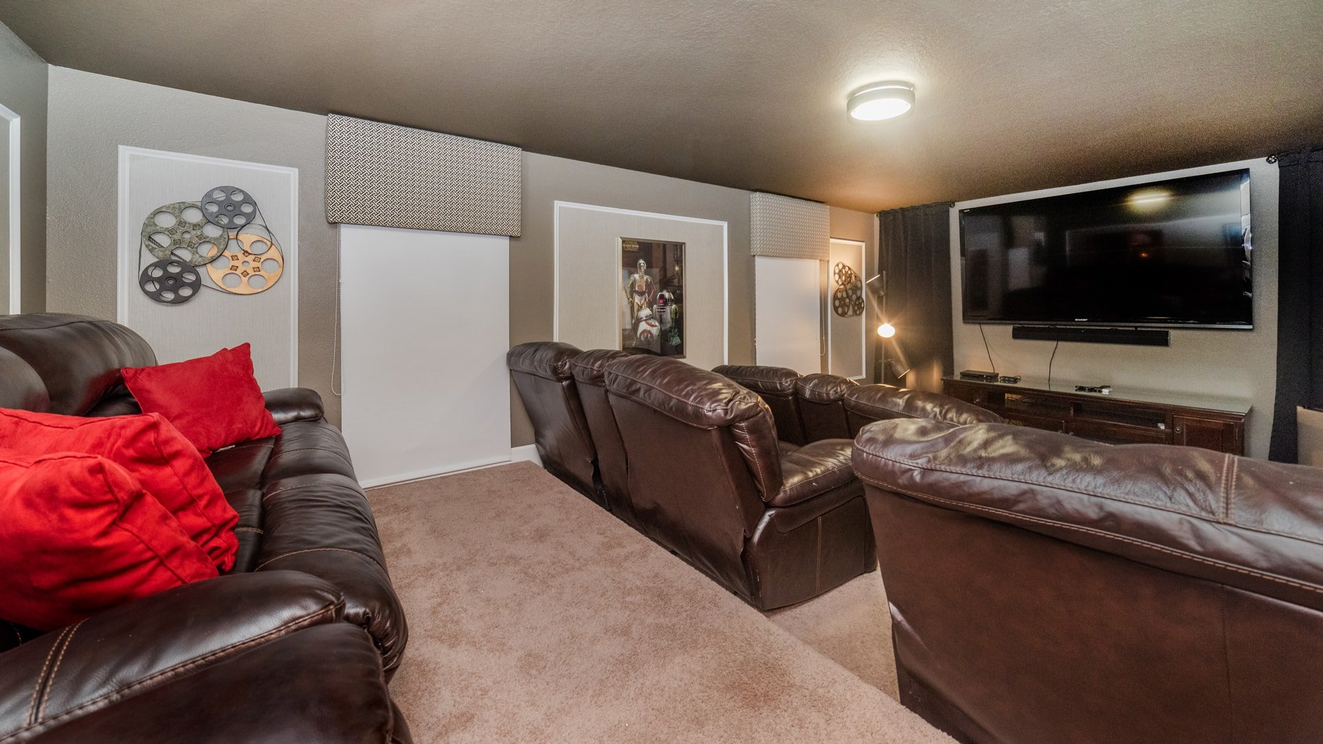 1492 Moon Valley Drive-209828