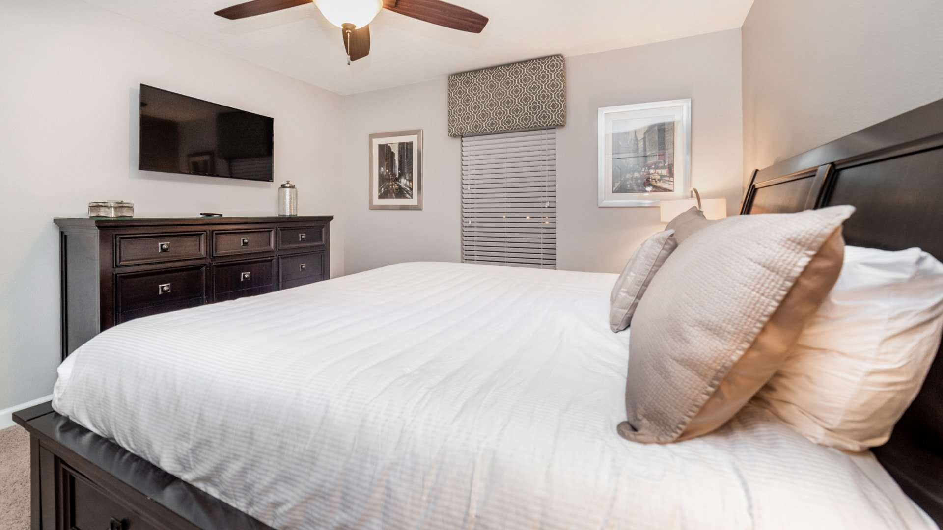 1492 Moon Valley Drive-209849