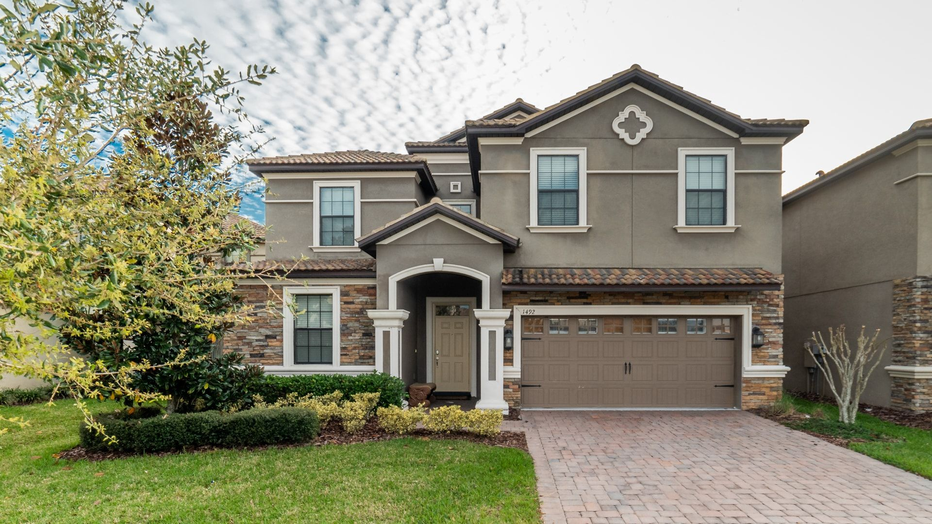 1492 Moon Valley Drive-209825