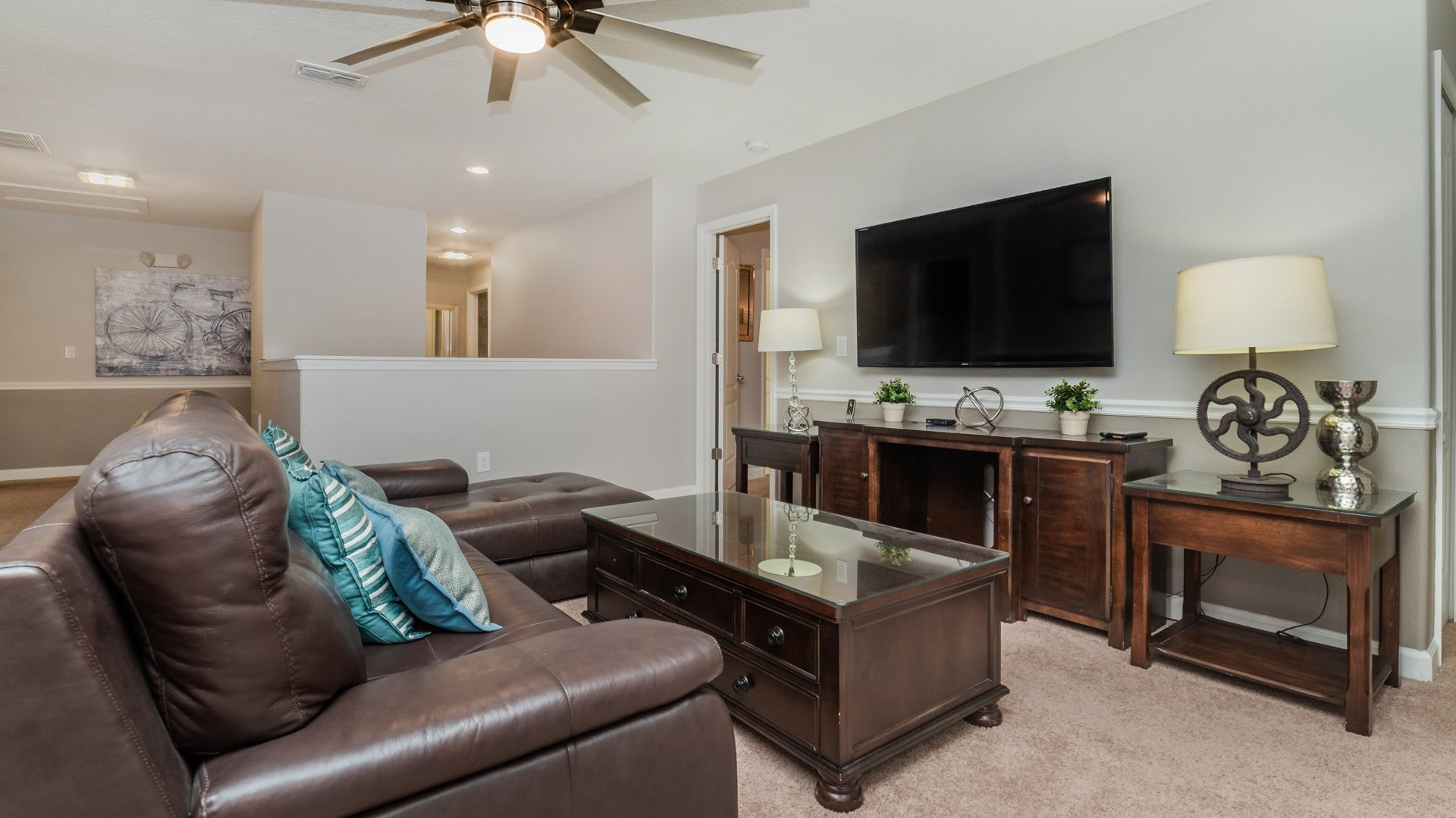 1492 Moon Valley Drive-209843