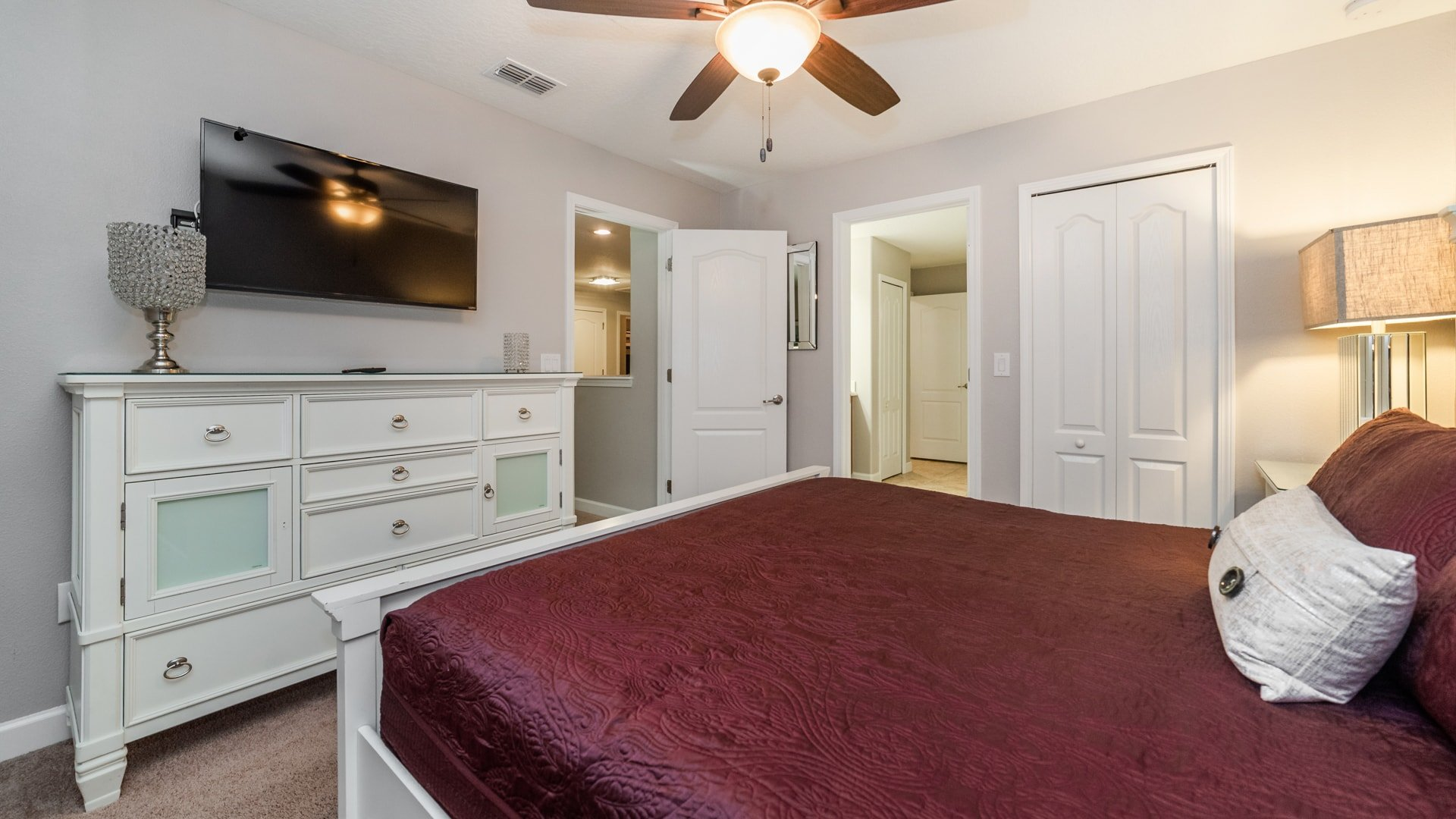 1492 Moon Valley Drive-209845