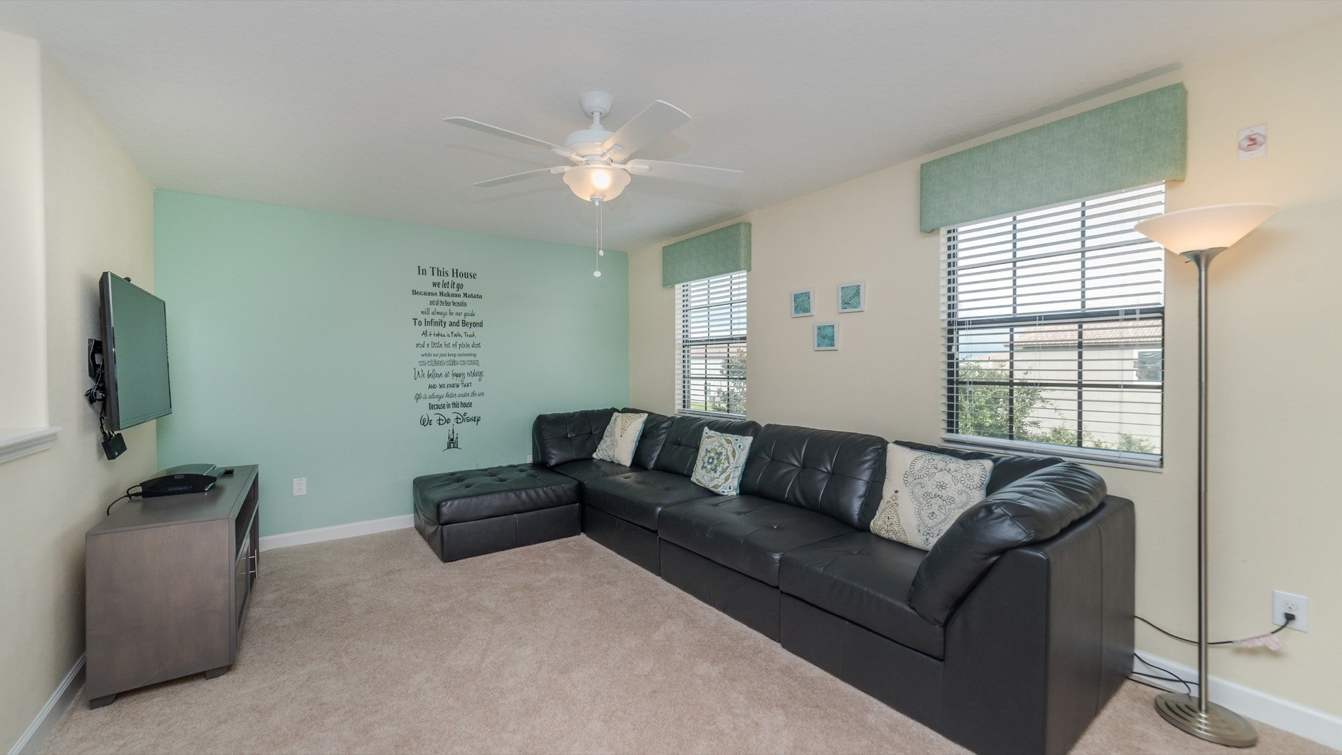 1494 Moon Valley Drive-209880