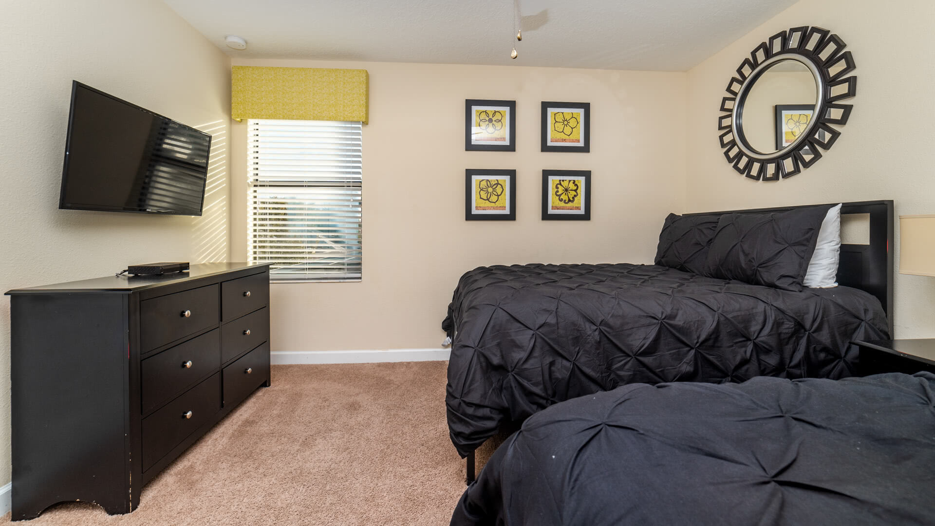 1506 Moon Valley Drive-209981