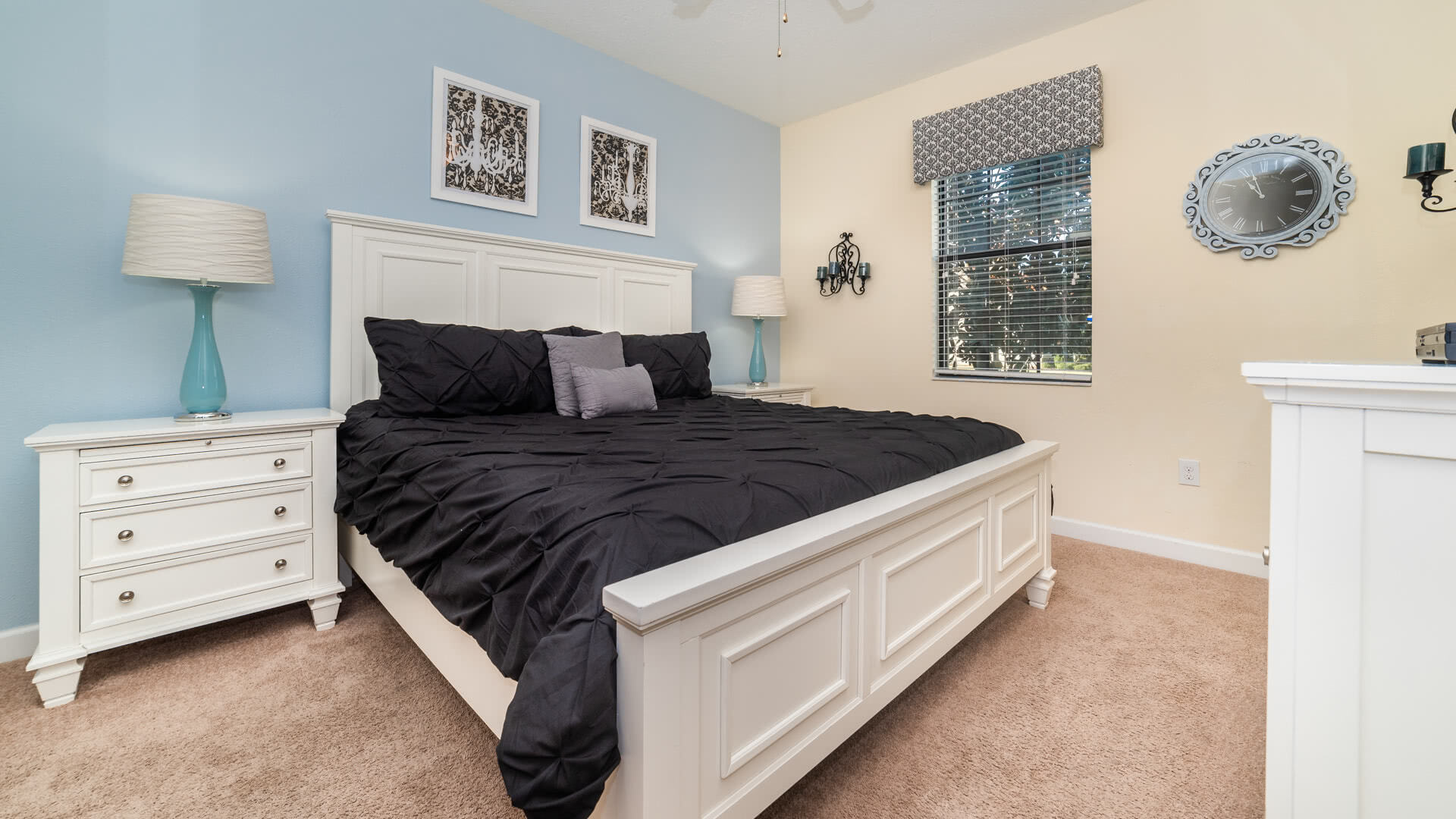 1506 Moon Valley Drive-209966
