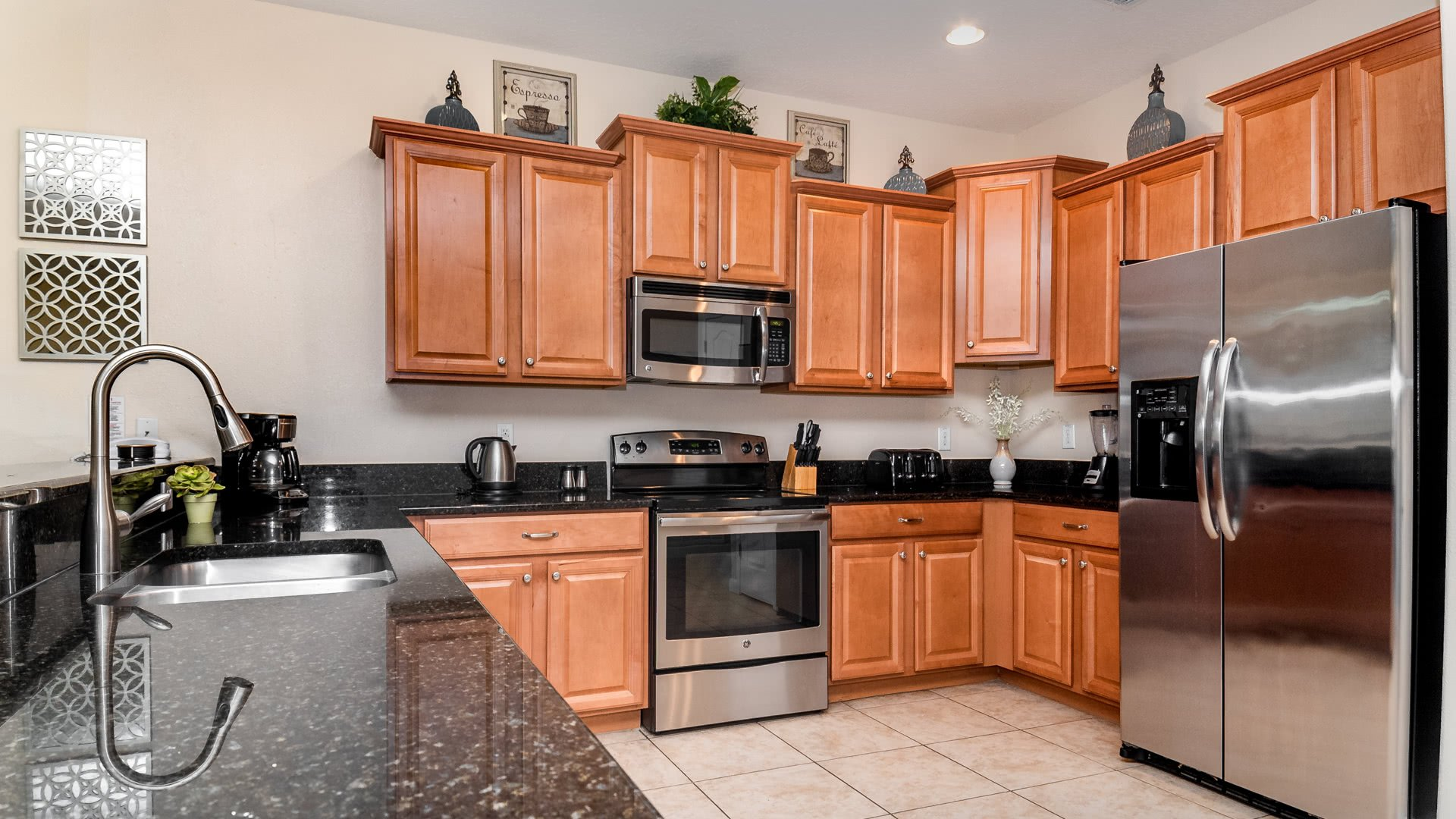 1506 Moon Valley Drive-209958