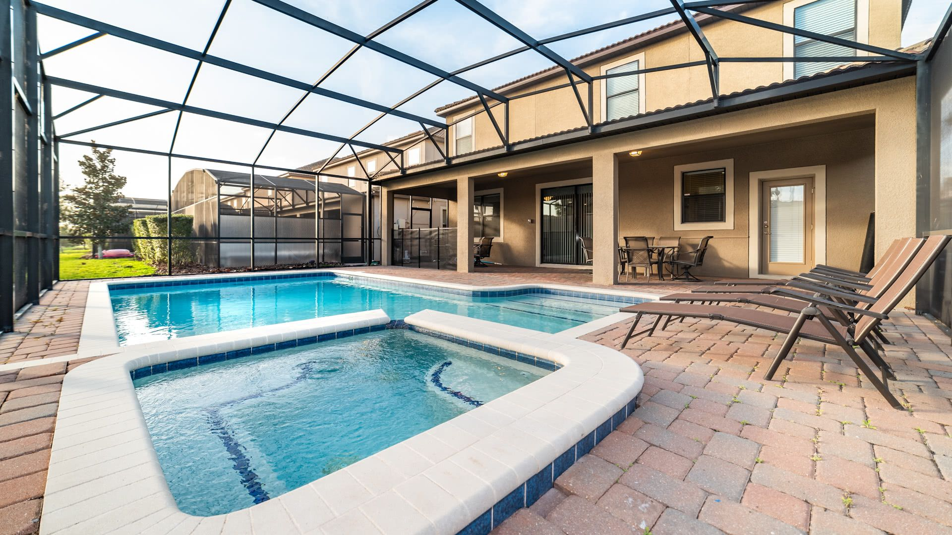 1506 Moon Valley Drive-209951