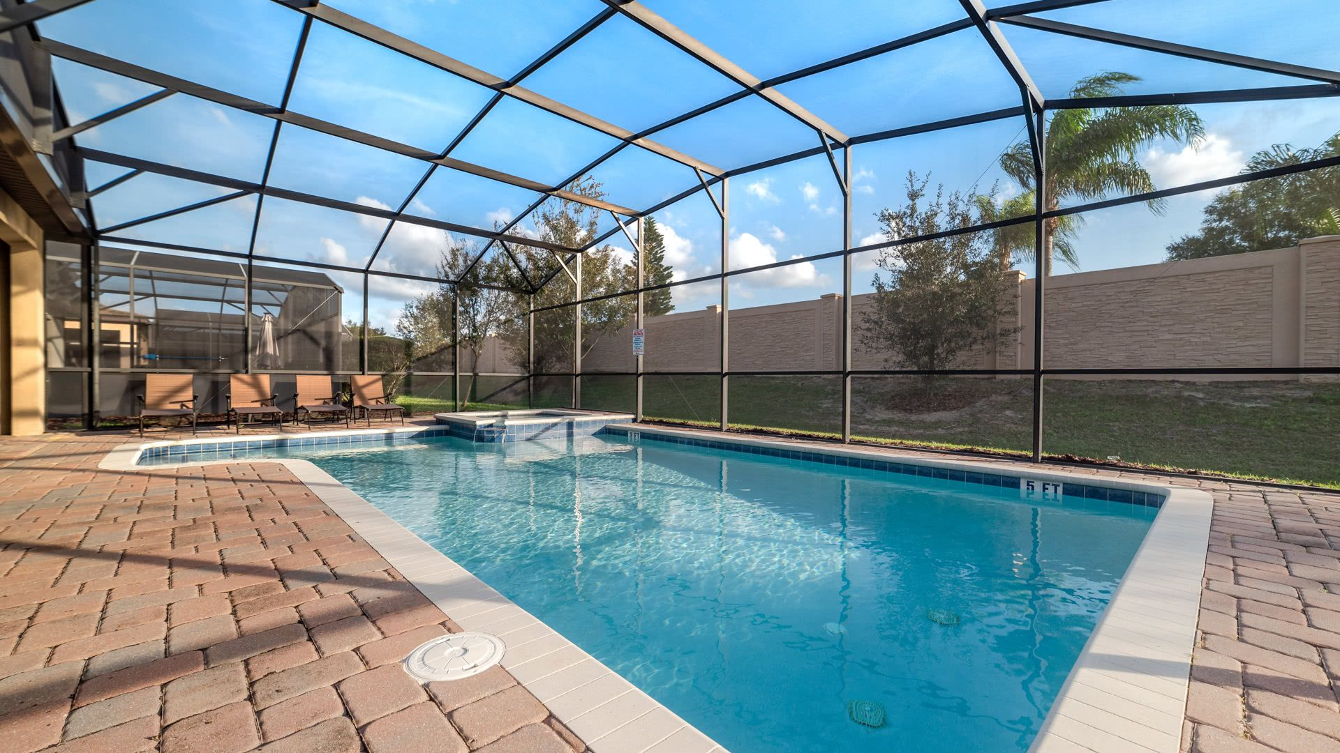 1506 Moon Valley Drive-209988