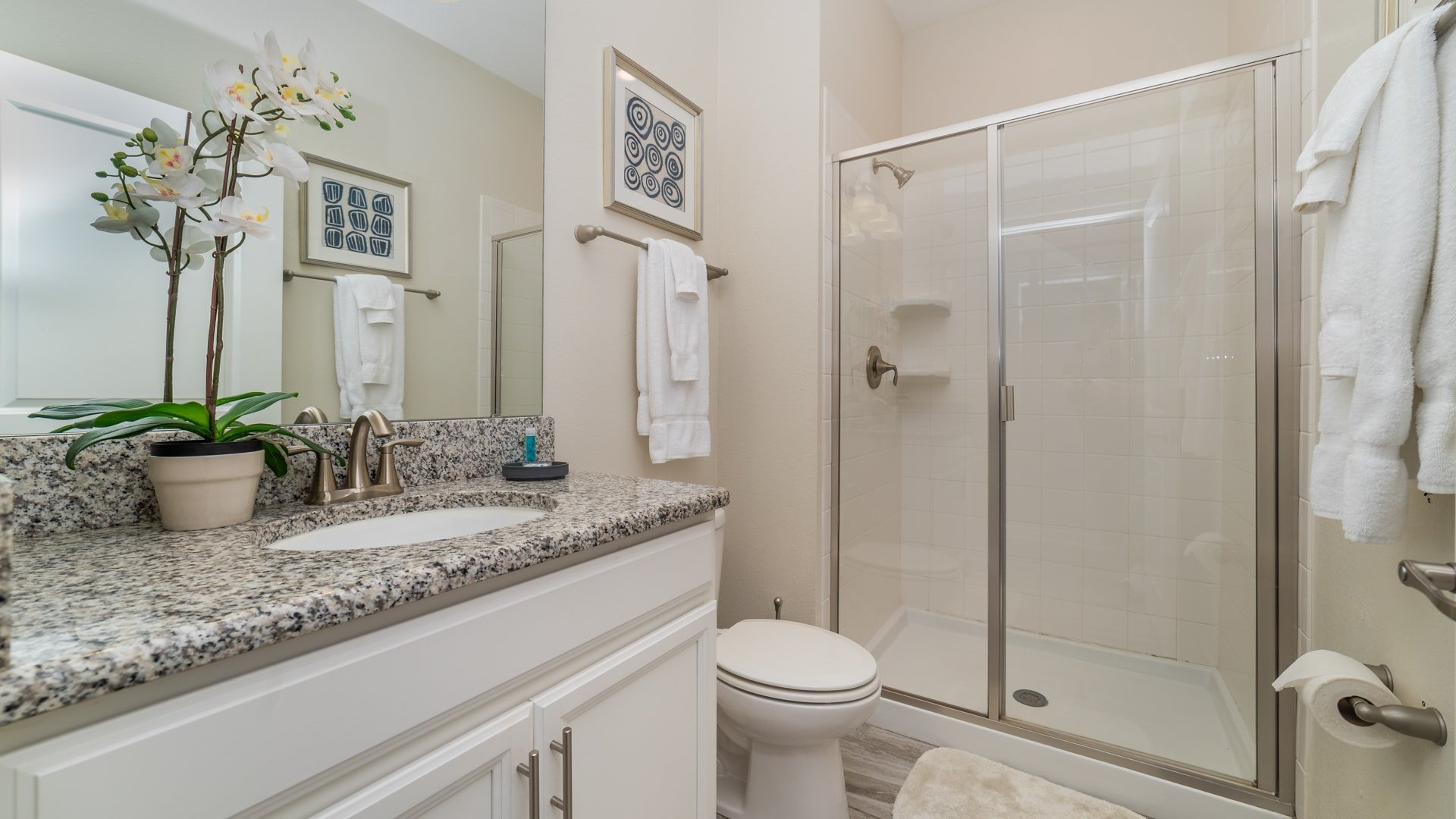 1562 Moon Valley Drive-210012