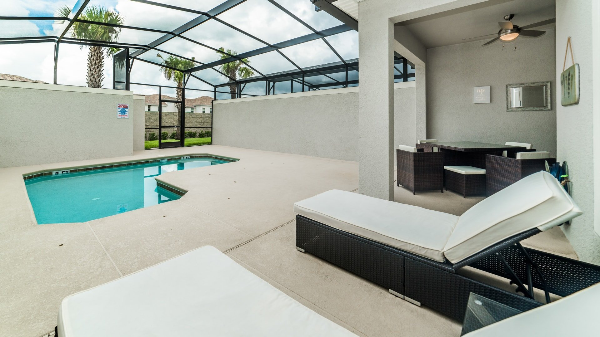1595 Moon Valley Drive-210048