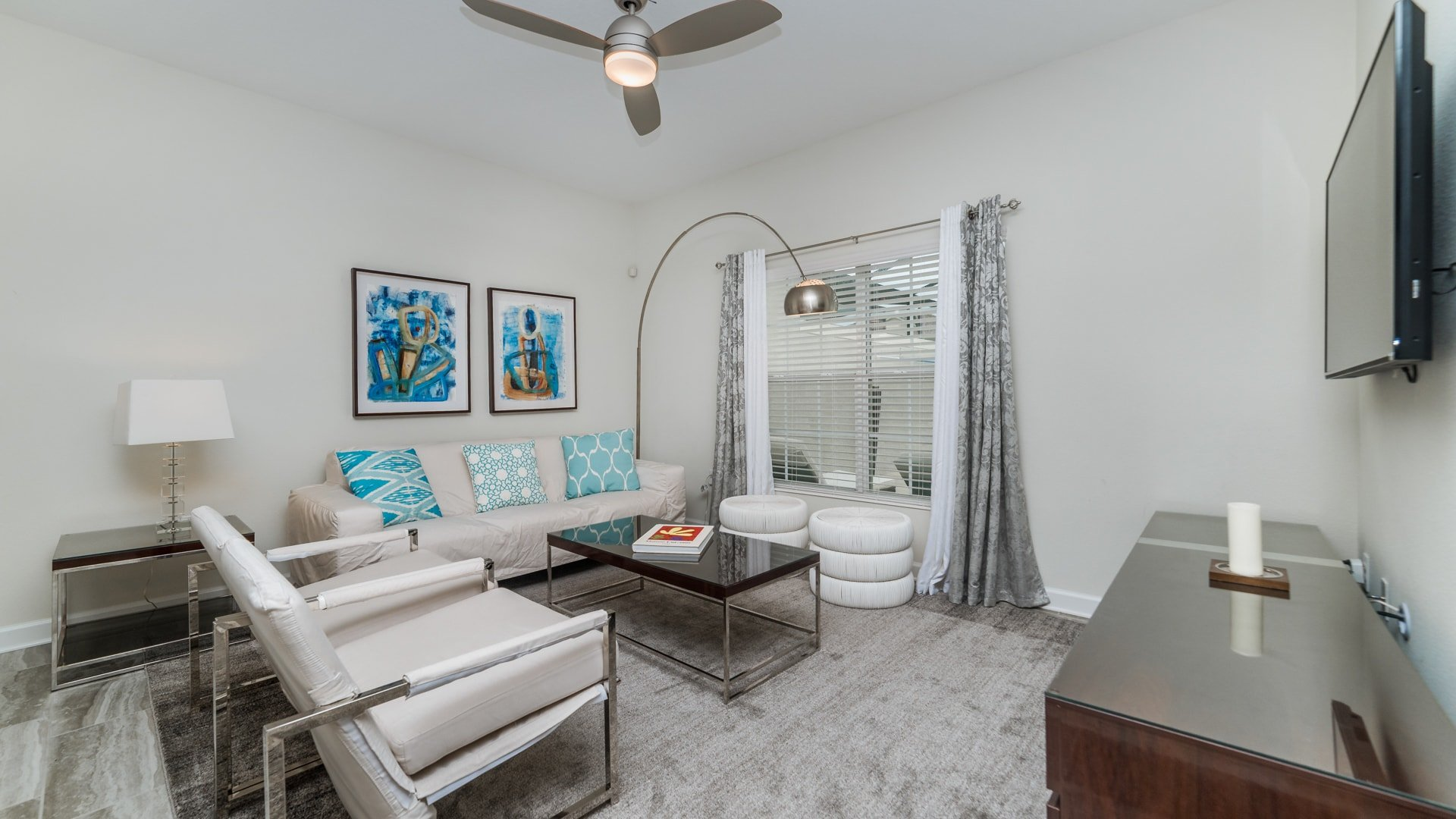 1595 Moon Valley Drive-210031