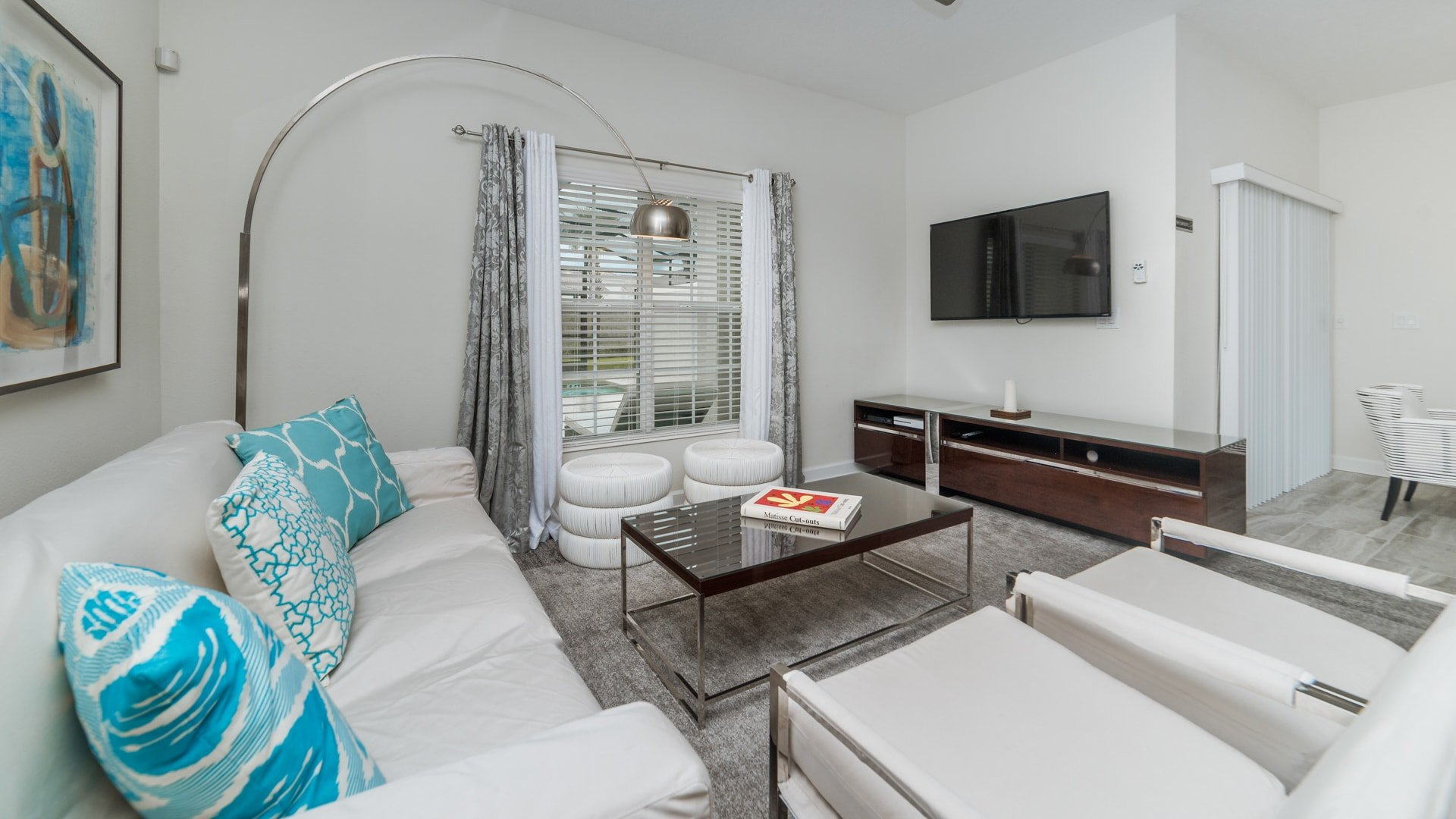 1595 Moon Valley Drive-210032