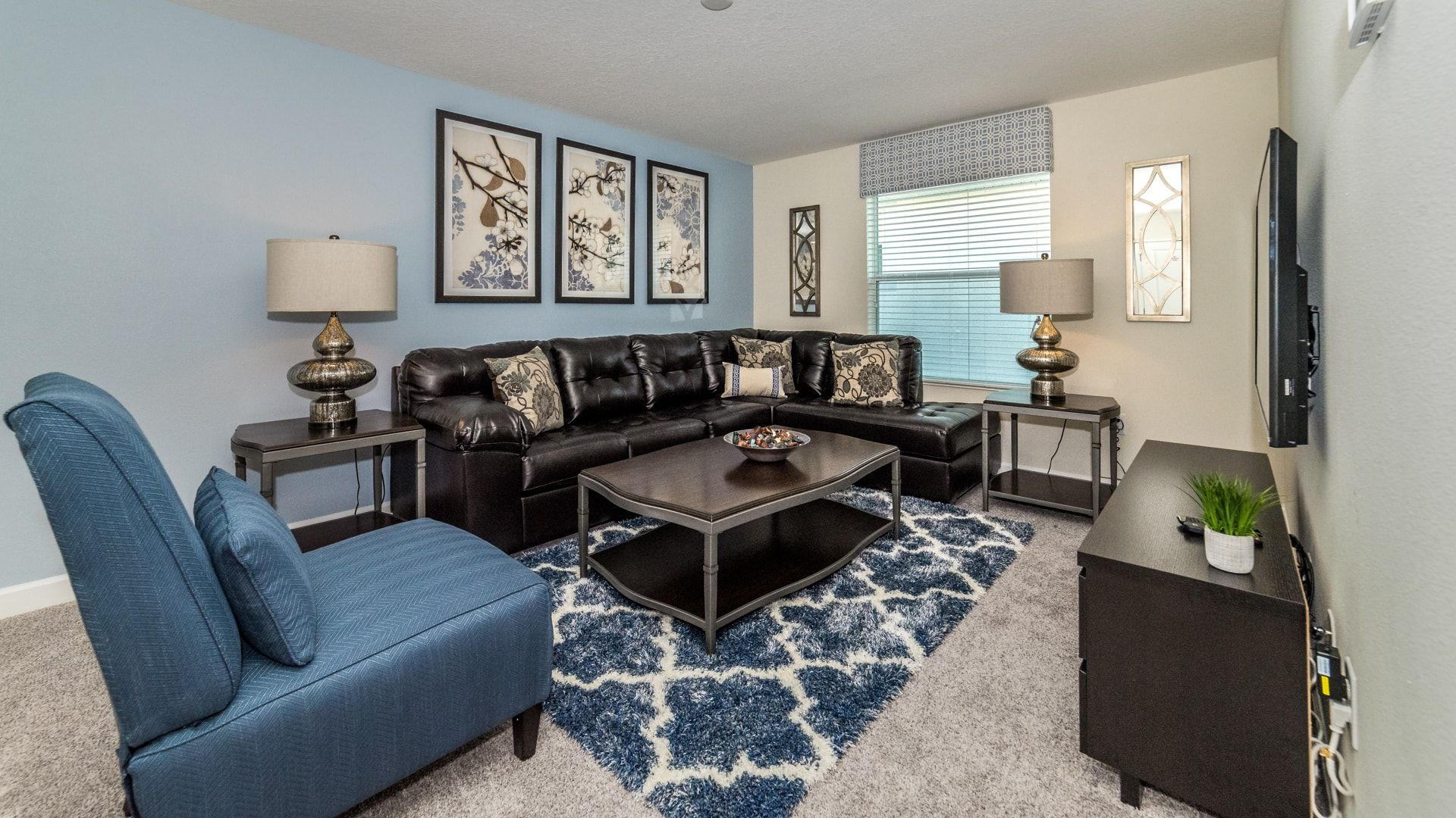 1638 Moon Valley Drive-210065