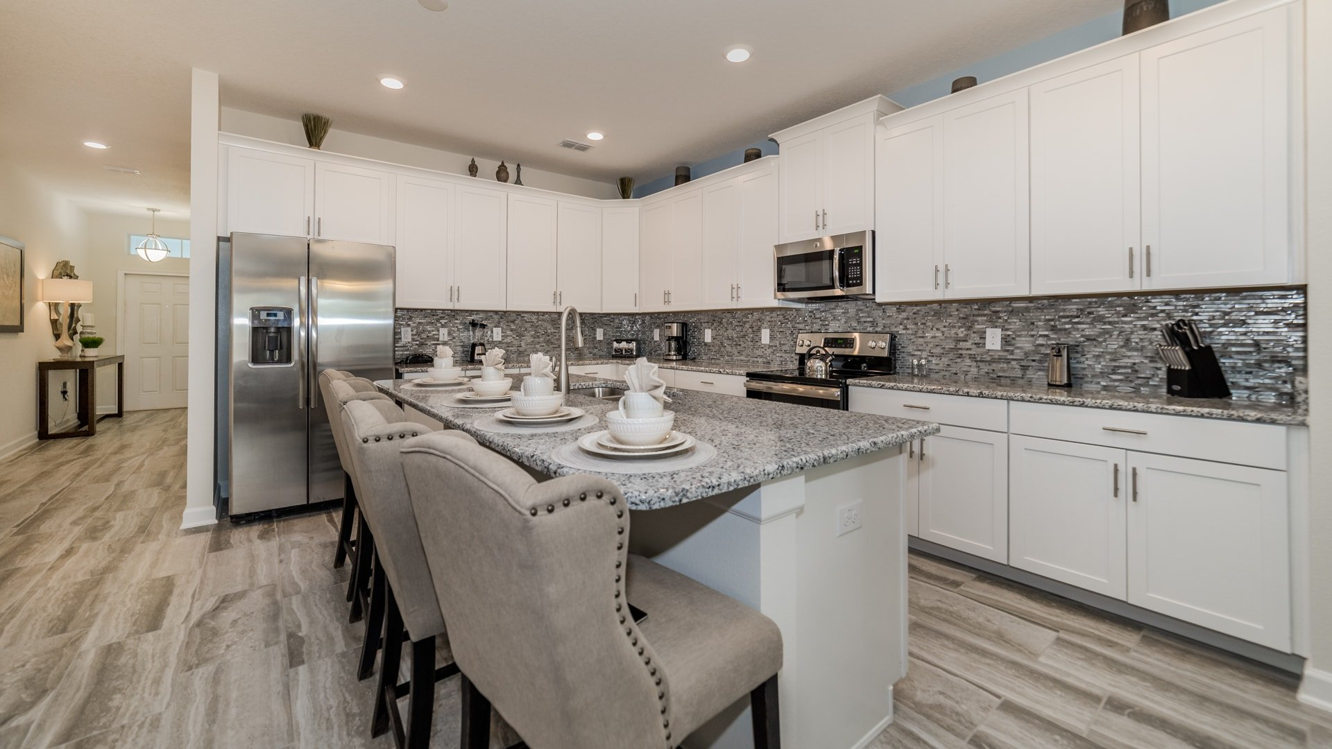 1638 Moon Valley Drive-210067