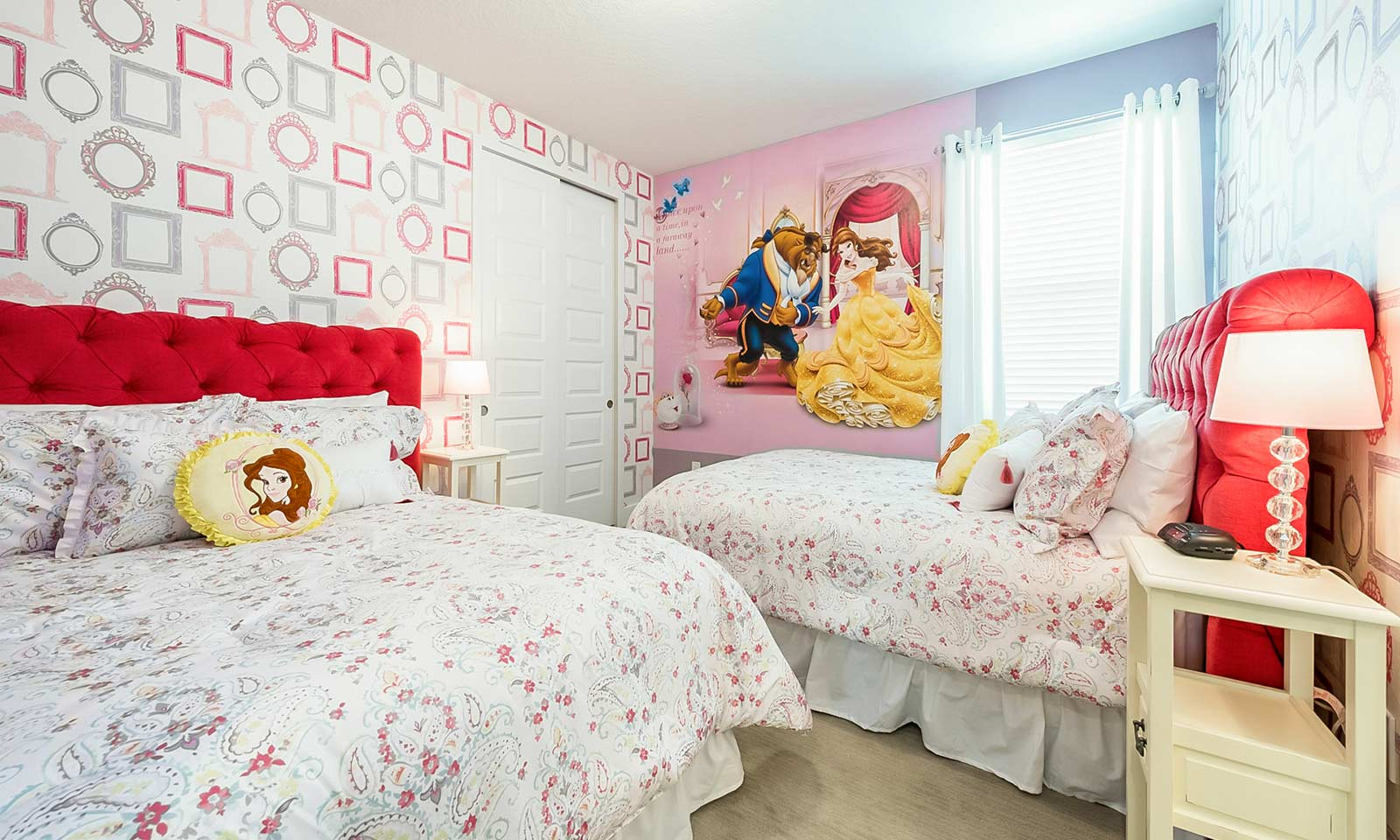 The Colorful Cottage-213363