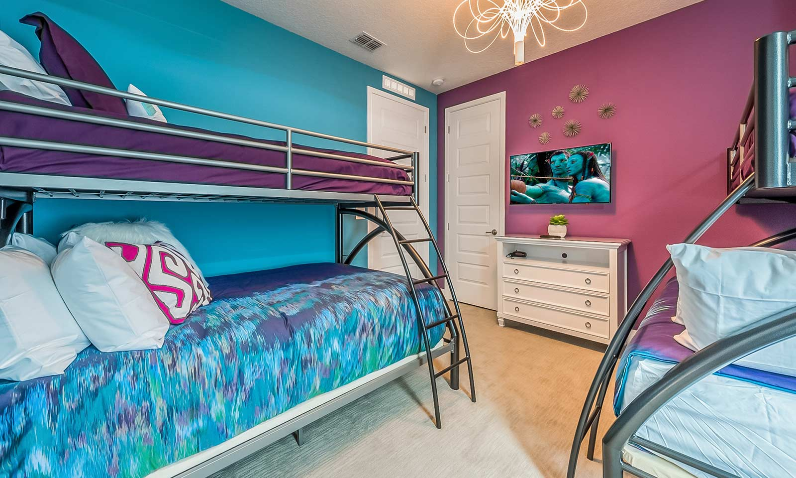 The Colorful Cottage-213366
