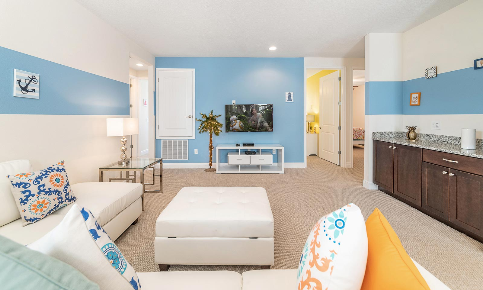 The Hue-filled Hideaway-213054