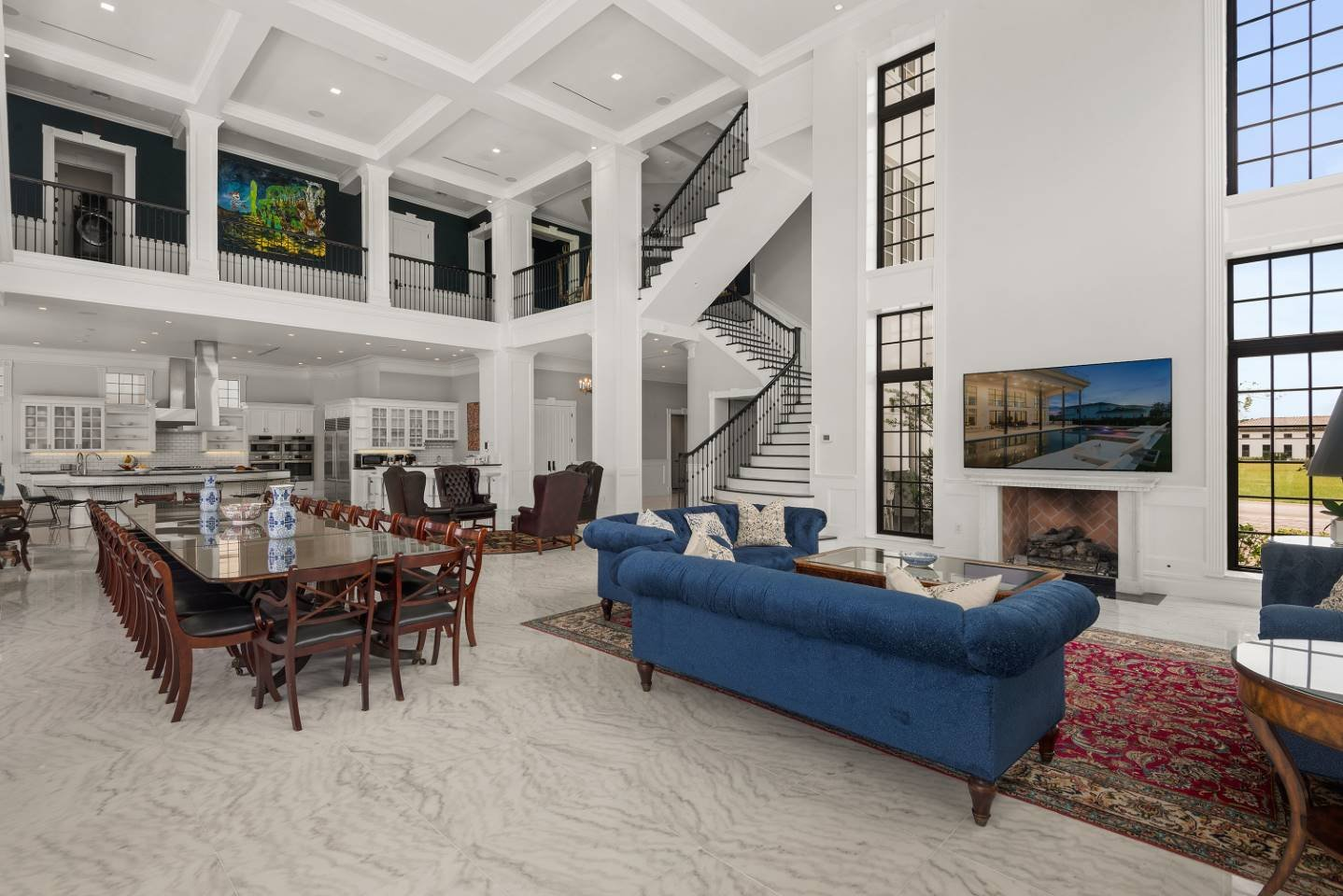 The Eclectic Colonial Estate-213671