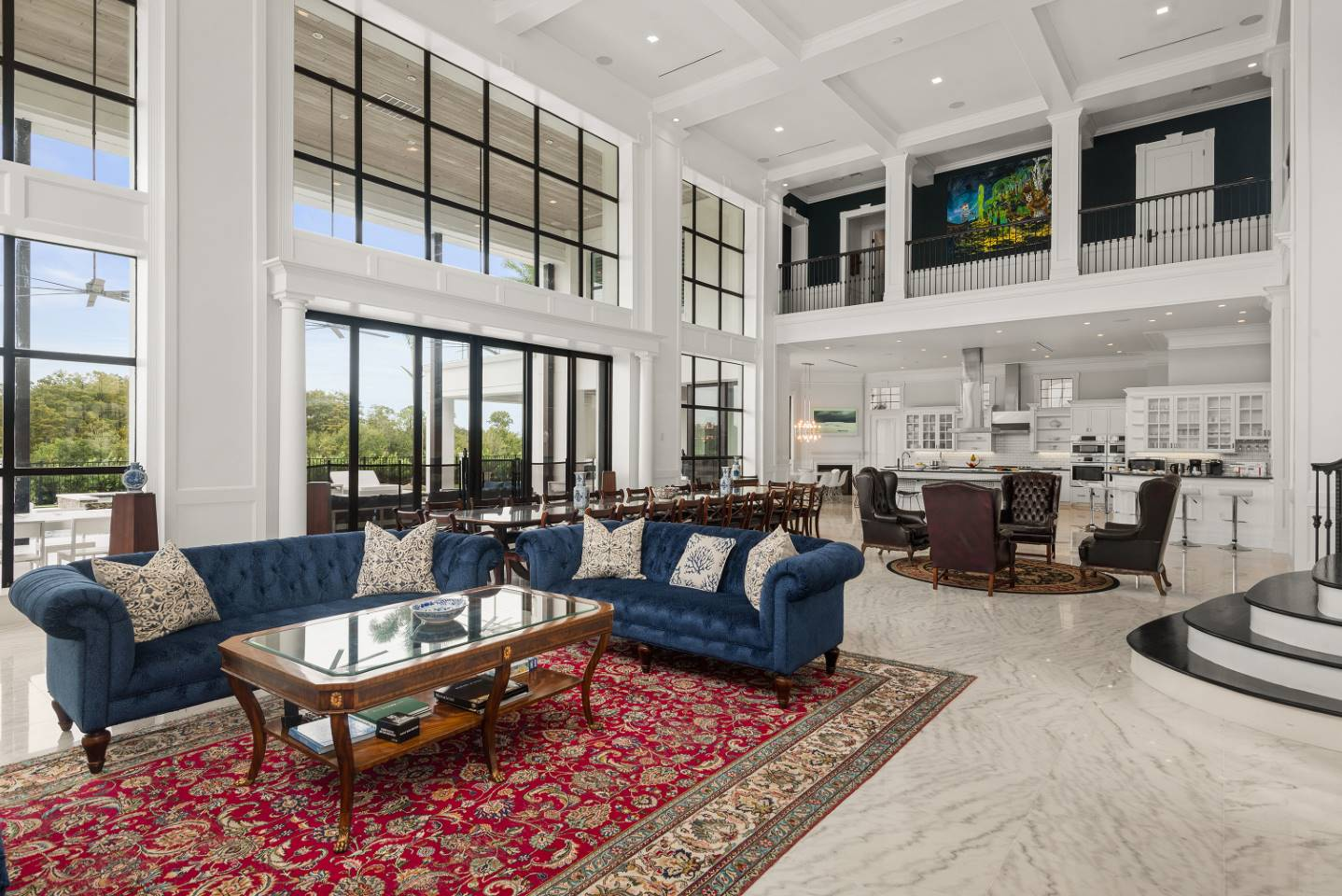 The Eclectic Colonial Estate-213672