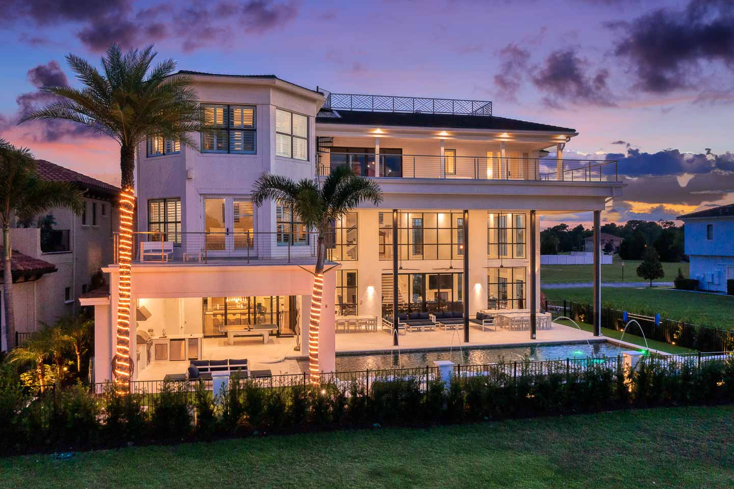 The Eclectic Colonial Estate-213643